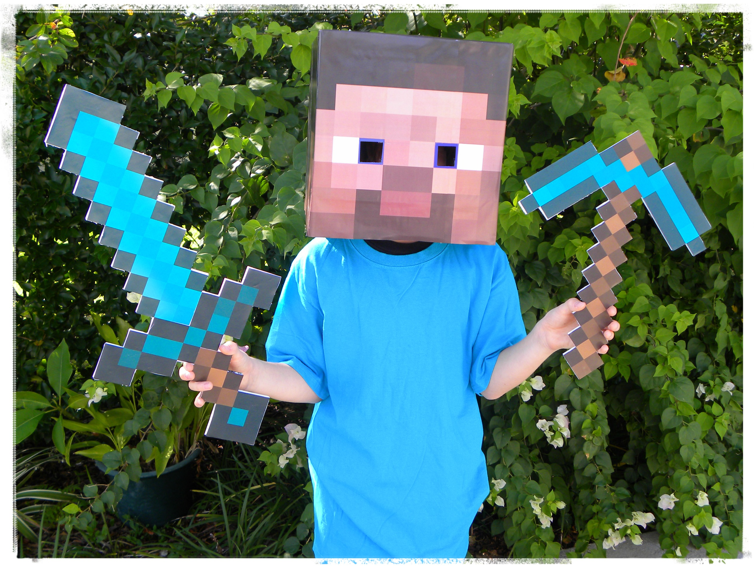 How to make a minecraft steve costume for less than 10 how to make a minecraft steve costume for cheap homemade minecraft costume solutioingenieria Images